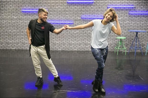 Isabella Santoni está louca para aprender a fazer o quadradinho do funk no Dança dos Famosos  (Foto: Rafael Campos/ TV Globo)