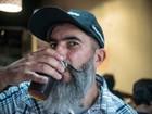 Evento em Curitiba propõe beber 12 cervejas em 12 bares, no mesmo dia