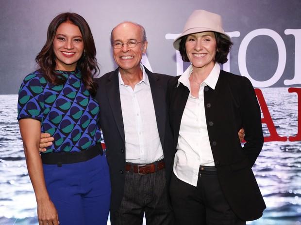 Dira Paes, Osmar Prado e Cássia Kiss Magro na coletiva de Amores Roubados (Foto: Felipe Panfili e Felipe Assumpção/AgNews)