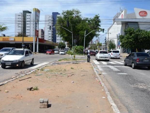 Avenida Antônio Basílio é uma das que passa a ter sentido único em Natal (Foto: Adriano Abreu/Tribuna do Norte)