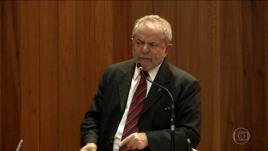 Teori Zavascki devolve para Sérgio Moro investigações sobre Lula