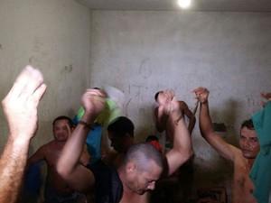 Presos reclamam que estão em um local inadequado  (Foto: Divulgação/Sinpol/RN)