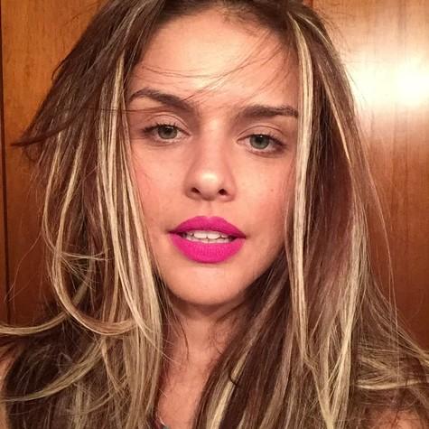 Paloma Bernardi mudou os cabelos para papel no cinema (Foto: Divulgação)