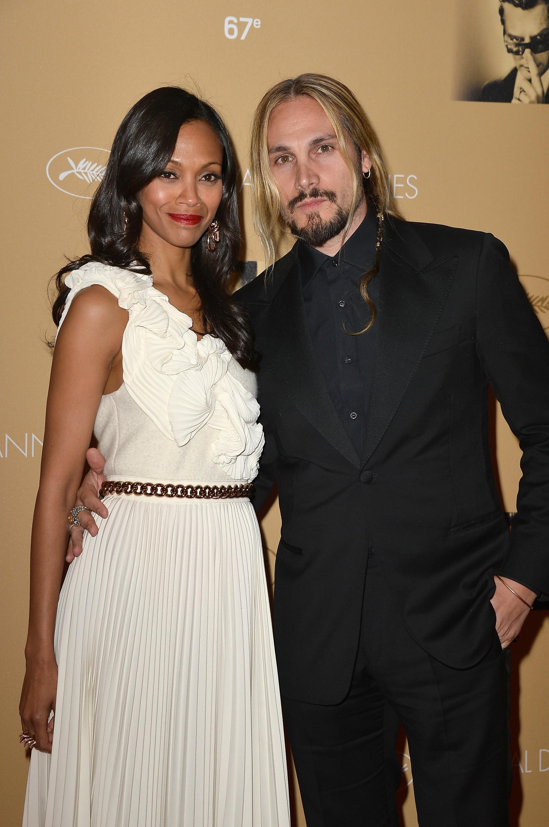 A atriz de 'Avatar' (2009) casou-se com o artista italiano Marco Perego secretamente em Junho de 2013, em Londres. A cerimônia foi fechada para alguns amigos e família. (Foto: Getty Images)