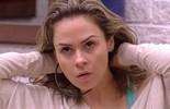 Ana Paula fala sozinha sobre Renan: 'É uma coisa bem louca, bem incógnita, bem mascarada'