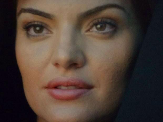 Elisa aparece em sonho de Rodrigo (Foto: Amor Eterno Amor/TV Globo)
