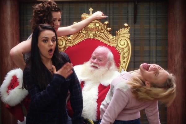 Mila Kunis no trailer de Bad Moms Christmas (Foto: Reprodução)