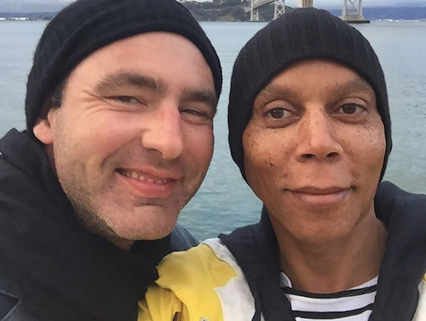 A drag queen Ru Paul e o marido (Foto: Instagram)