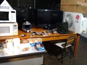 Apreensão laboratório de drogas Ituiutaba (Foto: Polícia Militar/ Divulgação)