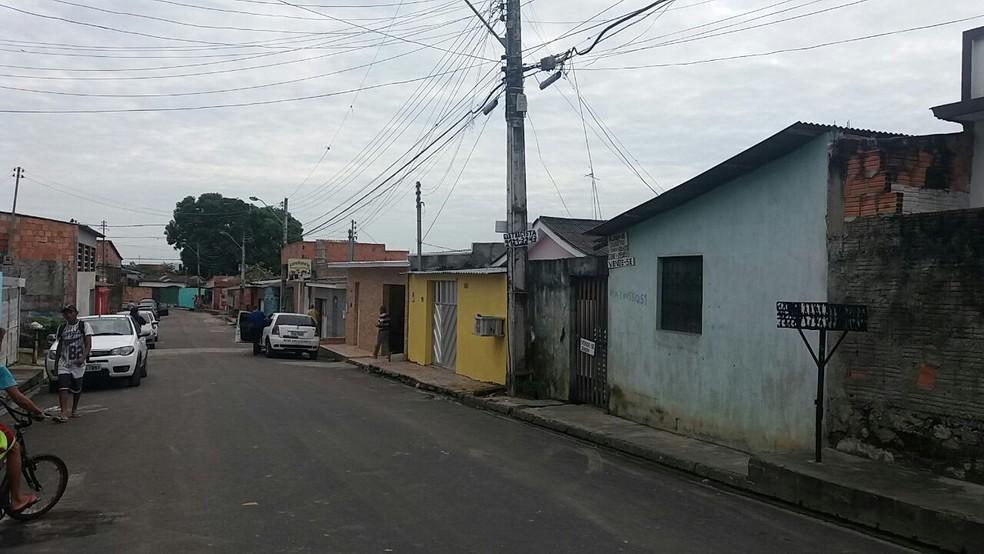 Crime ocorreu na casa onde o casal morava com os filhos, no bairro São José 3, na Zona Leste de Manaus (Foto: Ive Rylo/G1 AM)