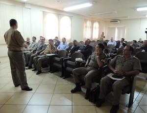 Reunião da Brigada Militar com direção do Grêmio sobre a Arena (Foto: Lucas Rizzatti)