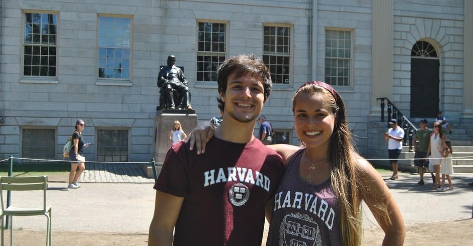 O norte-americano Paul Joseph Franco e a brasileira Hannah Ananda Bougleux Gomes, integrantes do CdeC Brasil (Foto: Divulgação)