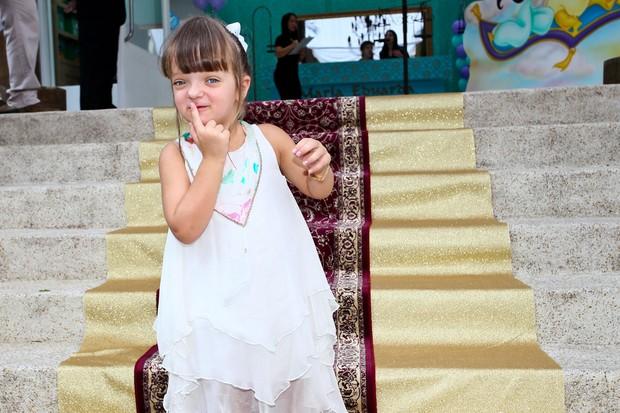 Rafa Justus em festa de 4 anos da filha de Edu Guedes e Dani Zurita (Foto: Manuela Scarpa/Foto Rio News)
