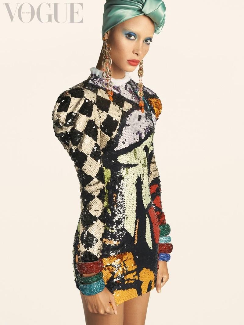 Adwoa Aboah é a estrela da primeira Vogue britânica sob o comando de Edward Enninful (Foto: Divulgação)