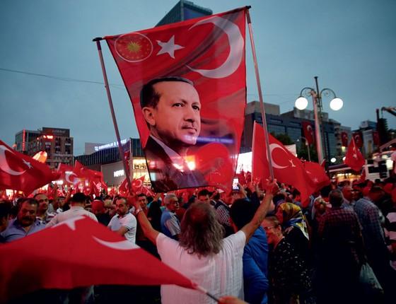 Manifestação pró-governo em Ancara, Turquia  (Foto: Baz Ratner / Reuters)