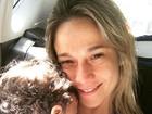 Fernanda Gentil posta foto agarradinha ao filho, Gabriel