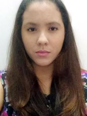 Ariane Querino, de 19 anos, é a primeira pessoa da família a fazer faculdade (Foto: Arquivo pessoal/Ariane Querino)