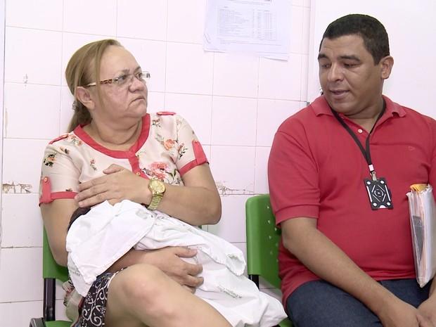 Recém-nascido foi encontrado na manhã deste sábado (3) (Foto: Reprodução/TV Clube)
