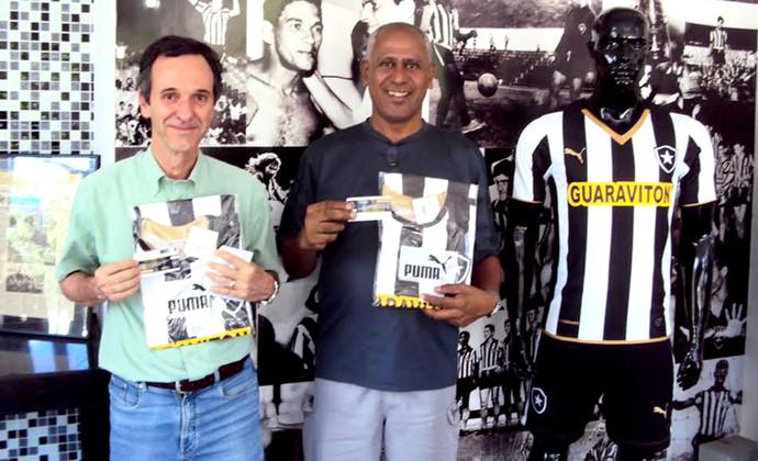 torcida do Botafogo na bilheteria (Foto: Divulgação / BFR)