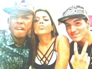 Nego do Borel, Anitta e Gabriel Medina em show na Zona Oeste do Rio (Foto: Instagram/ Reprodução)