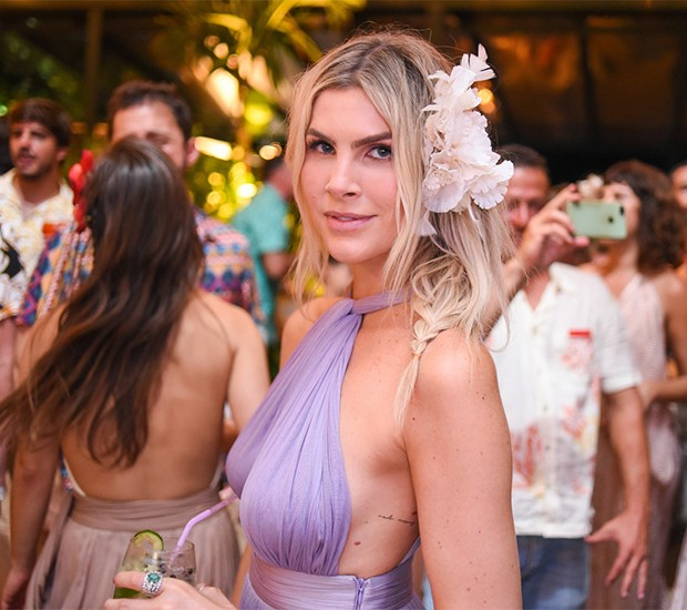 Julia Faria (Foto: Alexandre Virgílio/ Divulgação)
