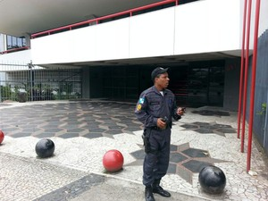 Polícia gávea flamengo (Foto: Gustavo Rotstein)