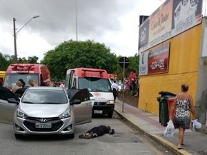 Homem foi baleado durante assalto (Foto: Flavio Thieves/Divulgação)