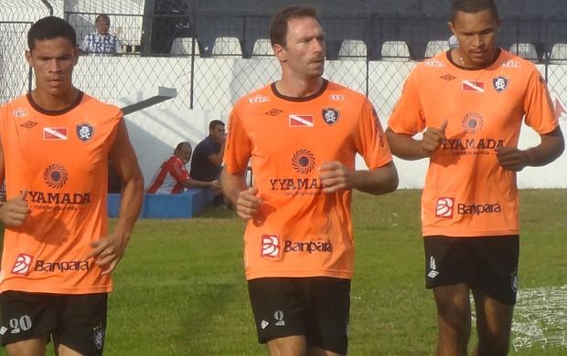 Fabiano (centro) (Foto: Globoesporte.com)