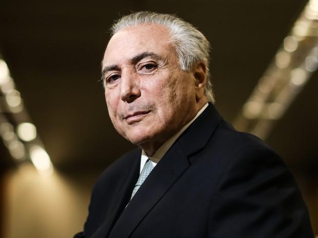 11/05/2016 - O vice-presidente da República, Michel Temer, posa para foto no prédio anexo ao Palácio do Planalto, em Brasília, na quarta (11) (Foto: Gabriela Biló/Estadão Conteúdo)