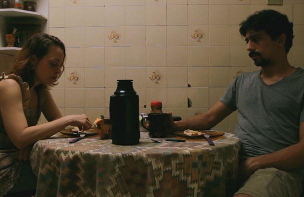 Cena do curta-metragem 'Tempo é Morfina' exibido durante o programa  (Foto: Reprodução/TV Tribuna)