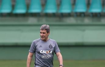 Desgaste preocupa e deve determinar escalação do Coritiba contra Botafogo