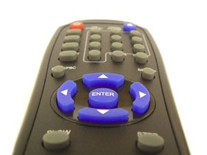 Controle remote identifica usuário pela 'tremedeira' da mão. (Foto: diskdepot.co.uk/Creative Commons)
