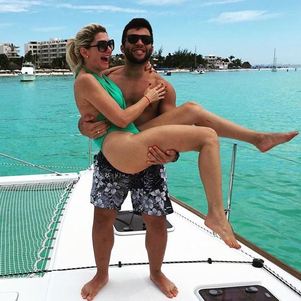 Antônia Fontenelle e Jonathan Costa em Cancun, no México (Foto: Instagram/ Reprodução)