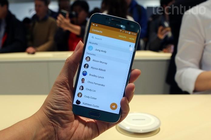 Galaxy S6 (Foto: Isadora Díaz/ TechTudo) (Foto: Galaxy S6 (Foto: Isadora Díaz/ TechTudo))