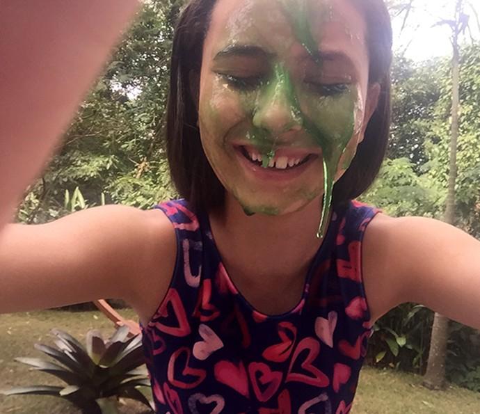 Selfie na Geleca: aprenda um jeito divertido e diferente para brincar com essa gosma (Foto: Manoela Antelo)