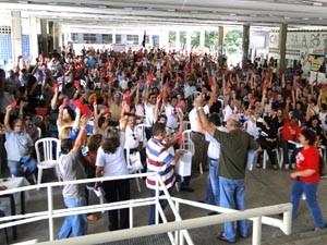 Mais de 270 professores participaram da votação (Foto: Divulgação/AdufPB)