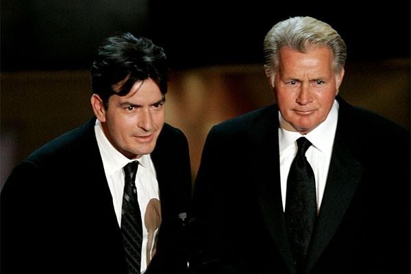 Charlie Sheen e Martin Sheen (Foto: Getty Images)
