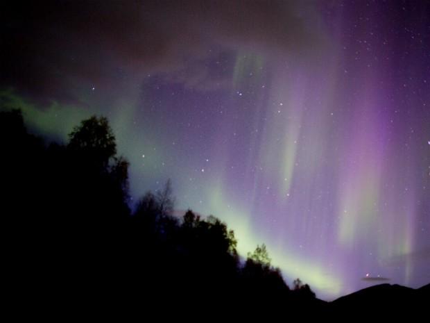 Empresário de Curitiba já fez nove viagens para registrar o fenômeno; esta foto foi tirada em setembro de 2013, na Noruega (Foto: Marco Brotto / Arquivo Pessoal)