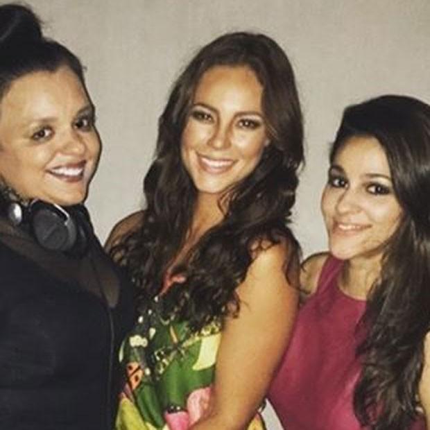 Lela Gomes e Paolla Oliveira com amigas em festa no Rio (Foto: Instagram/ Reprodução)