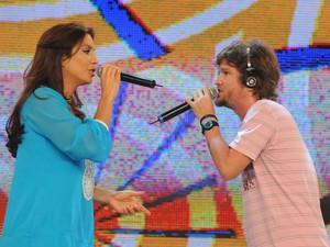 Saulo dividindo o palco do programa Estação Globo com Ivete Sangalo (Foto: Frederico Rozario/TV Globo)
