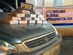 Casal é preso levando crack em carro com filhos de 2 e 4 anos, diz PRF-MS (Foto: Divulgação/ PRF )