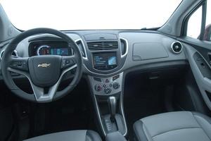 Interior do Chevrolet Tracker 2015 (Foto: Divulgação)