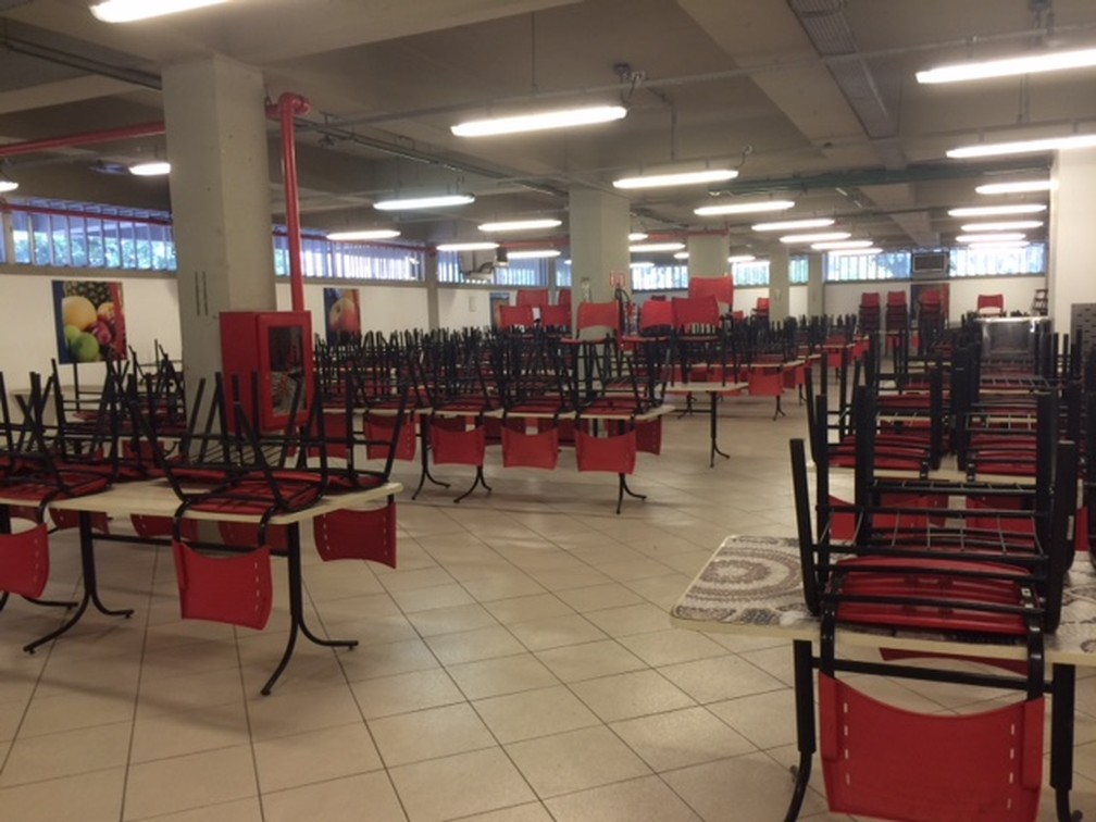 Bandejão do Campus Maracanã da Uerj está fechado (Foto: Cristina Boeckel/ G1)