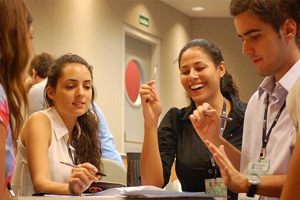 A área mais popular entre os alunos é o empreendedorismo, com 54% das liga (Foto: Divulgação/ Fundação Estudar)