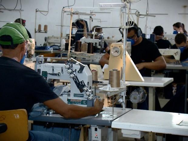 Mercado Indústria Têxtil do Piauí - Riquezas do Piauí (Foto: Reprodução/TV Clube)