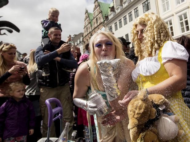 Carnaval é celebrado nas ruas de Copenhague (Foto: REUTERS/Jens Astrup/Scanpix)