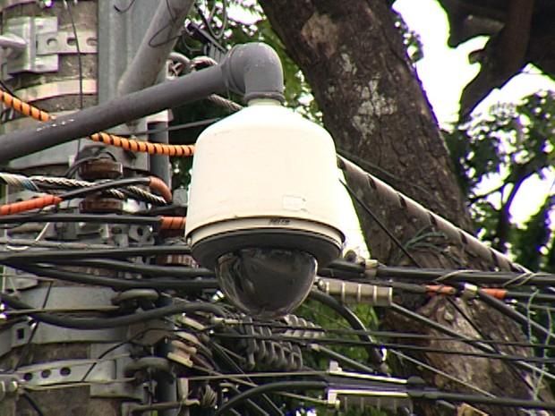 Câmera instalada em outro ponto de Itaúna (Foto: TV Integração/Reprodução)