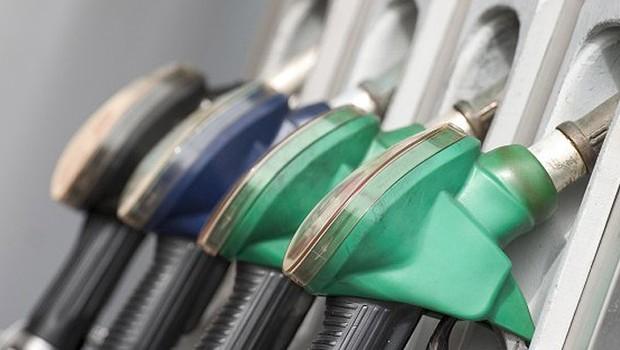 Combustíveis; gasolina e etanol; (Foto: Reprodução/Facebook)