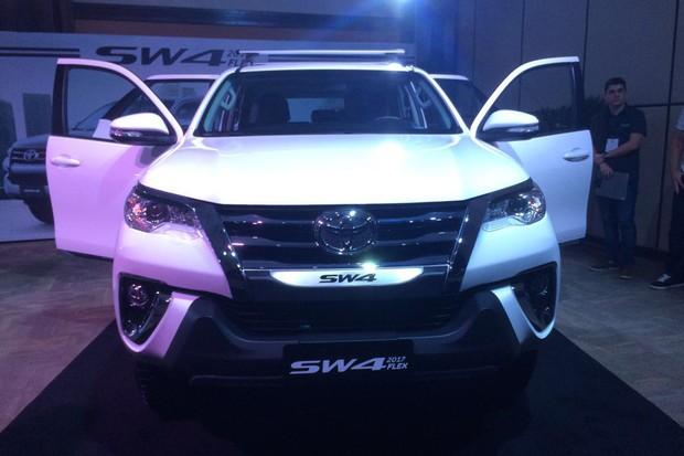 Toyota apresenta Hilux e SW4 com motor flex de 163 cv de potência (Foto:   Guilherme Blanco Muniz / Autoesporte)