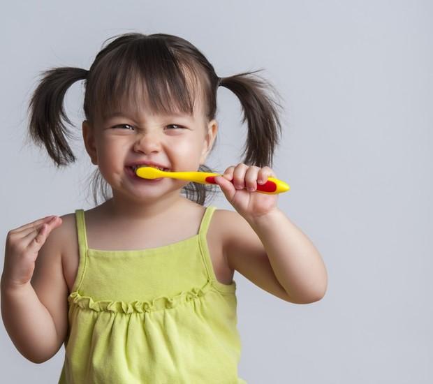 criança_escovação (Foto: Shutterstock)